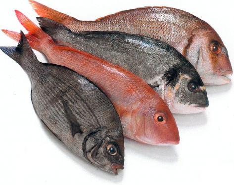 Spożywaj codziennie dwie porcje oleistych ryb, roślin strączkowych, orzechów, oliwek lub dowolnych orzechów i nasiona zawierających olej